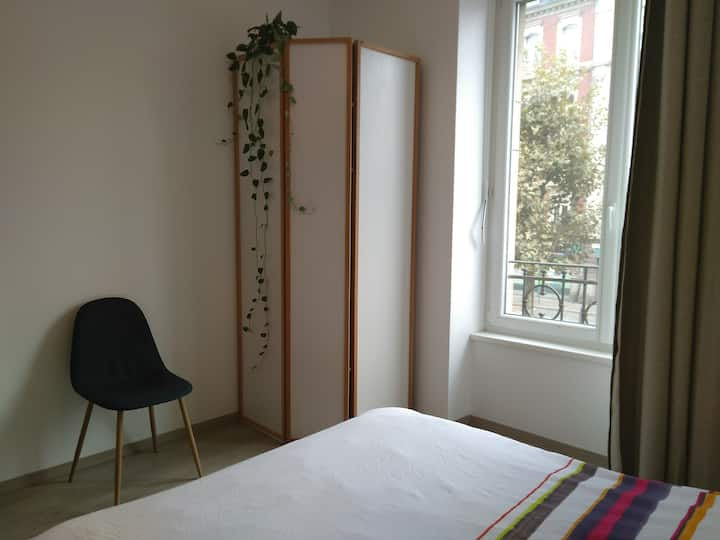 Bright flat 2 steps from the city center