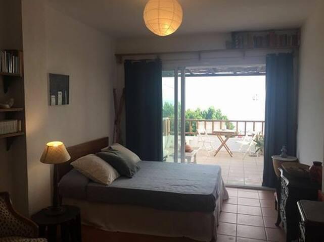 Charming apartment right on the beach - Málaga - Byt