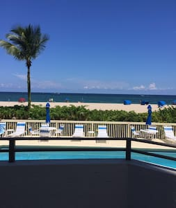Luxurious Private Room - Beach Side - Pompano Beach