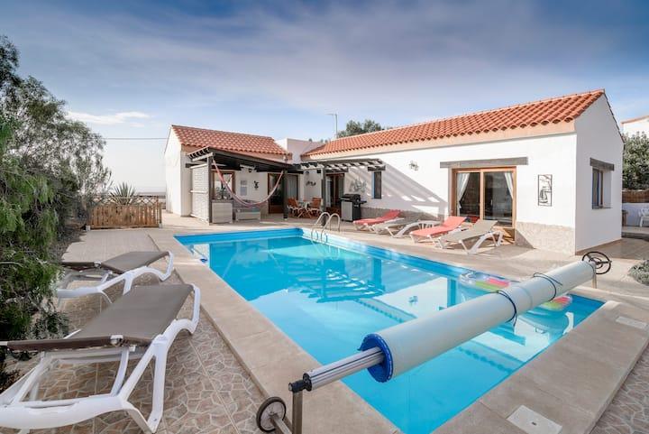 Fuerteventura Tindaya / Heated pool 26/28°c