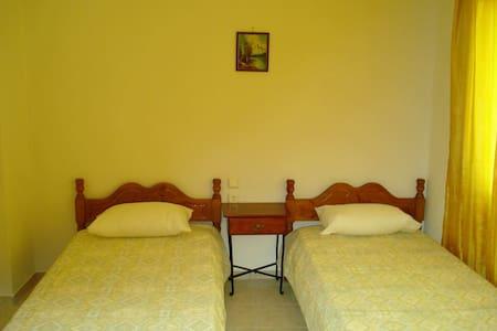 Double room near Neo Klima beach - Neo Klima - Apartament