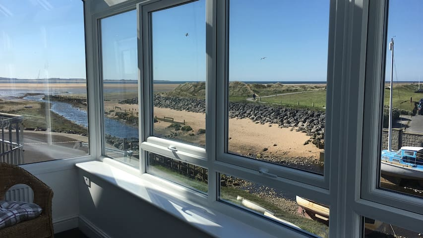 Harbourside House,Panoramic sea views,Selfcatering
