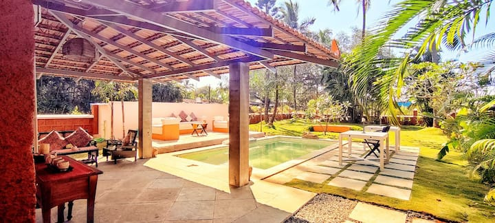Luxury villa with private pool on candolim beach