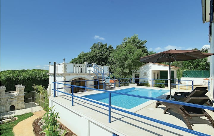 Amazing home in Motovun with WiFi and 2 Bedrooms
