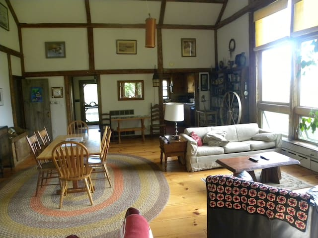Scenic Windjammer Barn, view Penobscot Bay - Lincolnville - Apartment