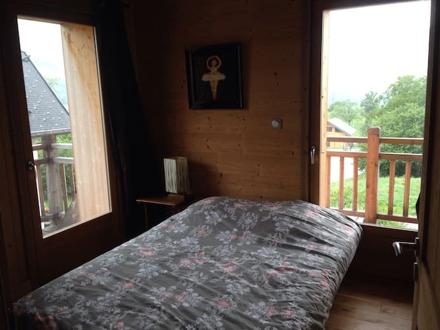 Cosy double room with lake view