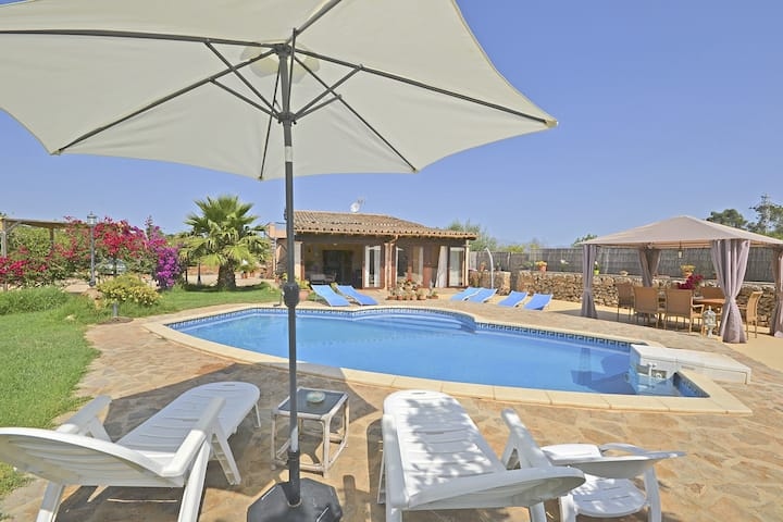 CAPBAIX, Country house wit swimming pool for 6 people in Sineu