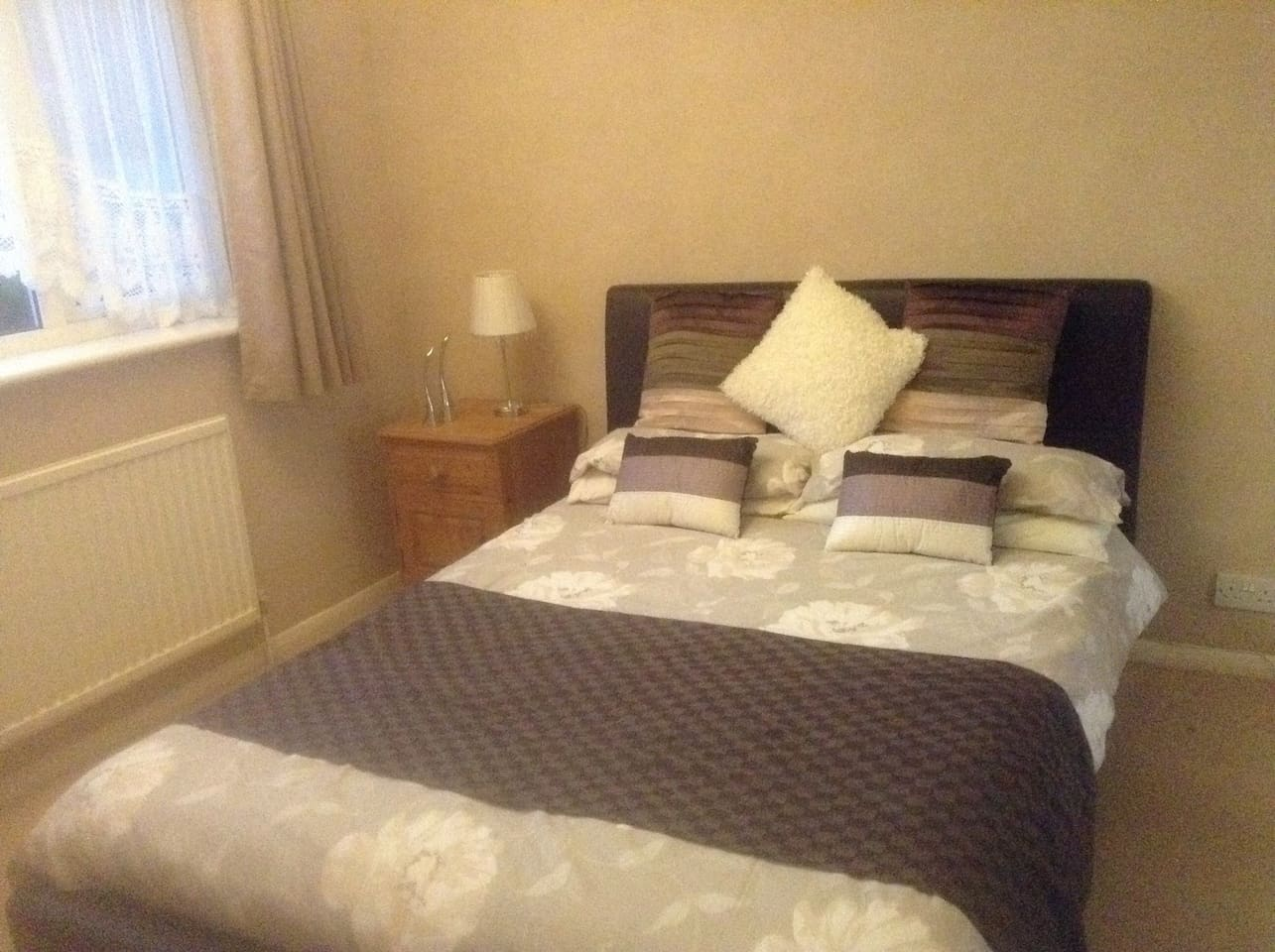 Double room with TV, and tea & coffee making facilities in room.
