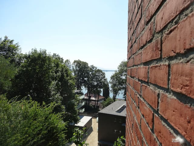 backstein&seesicht/bricks&lakeview - Lochau - Appartement