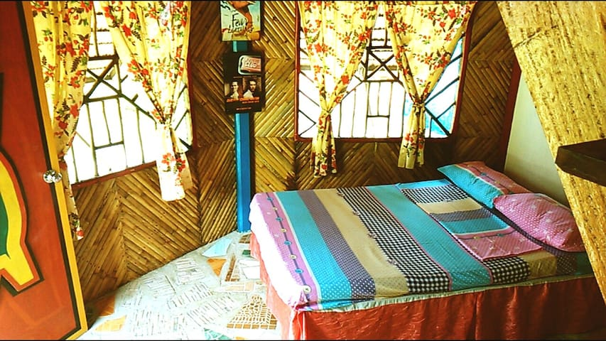 Ocean view Fam Cottage Fan Rm w/pri bath 2+2kids