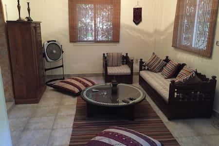Furnished Duplex Villa in Shrouk - Hus