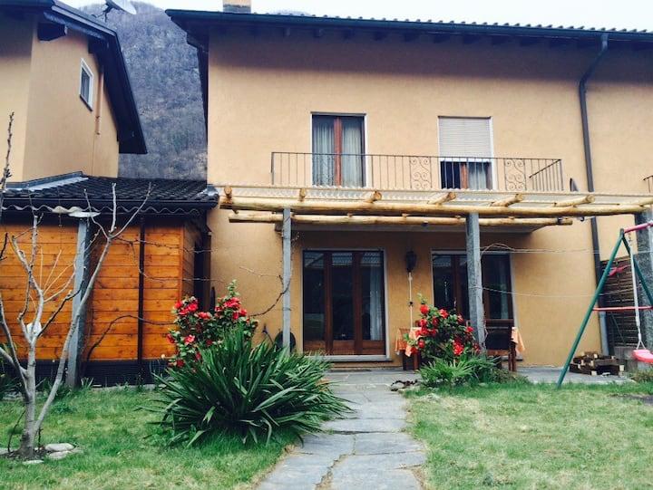Ferienhaus im Maggiatal
