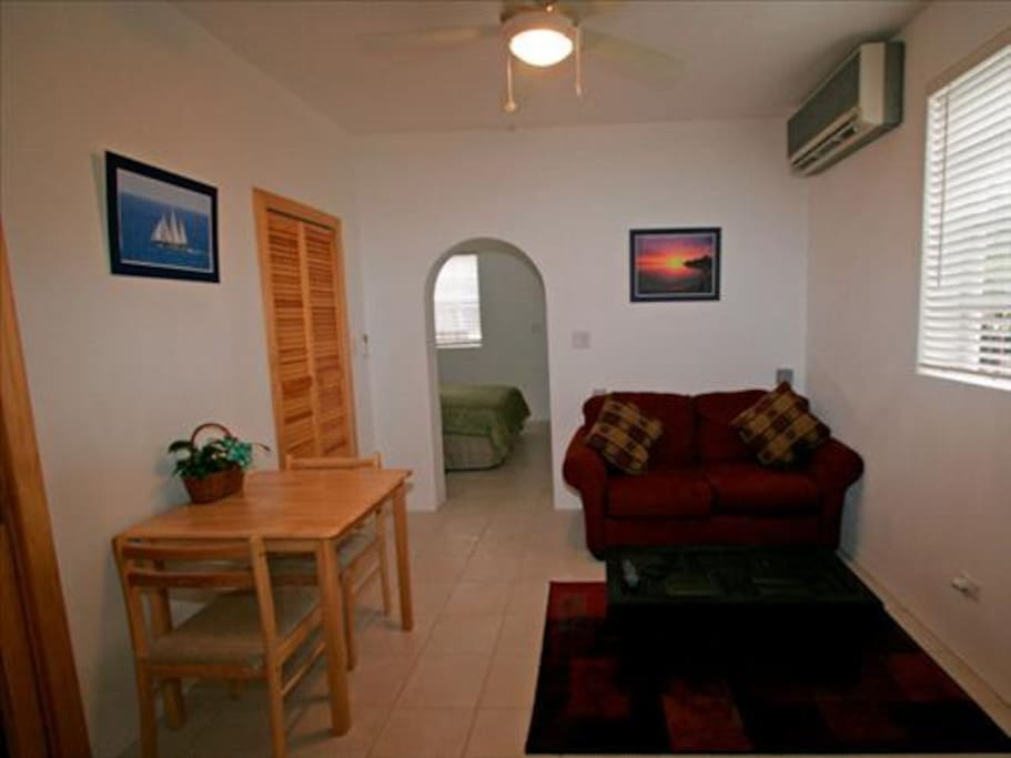 Dining & Living area with cable TV, DVD and WiFi