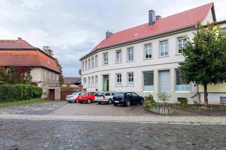 Ferienwohnung Schloßblick - Seeland - Lägenhet