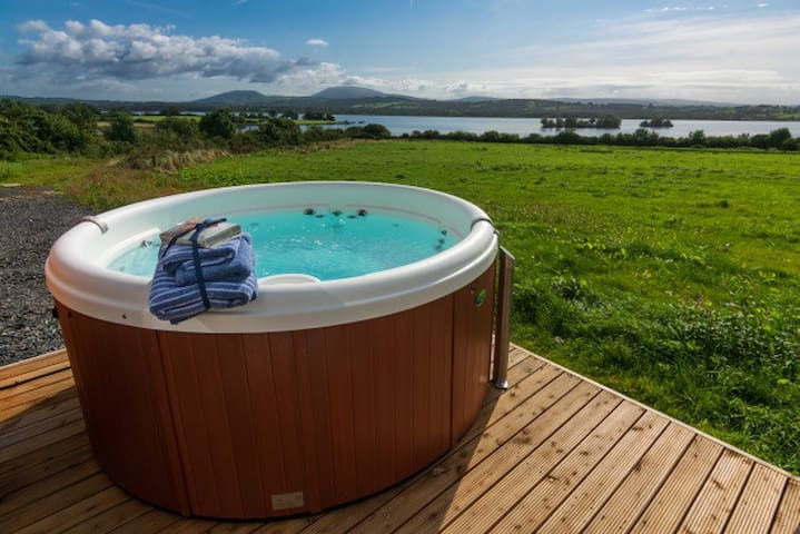 luxury Pods Killaloe  (Fern Lodge)