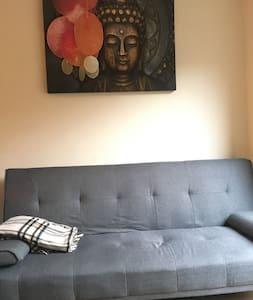 Cosy 1 bedroom apartment with garden - ลอนดอน