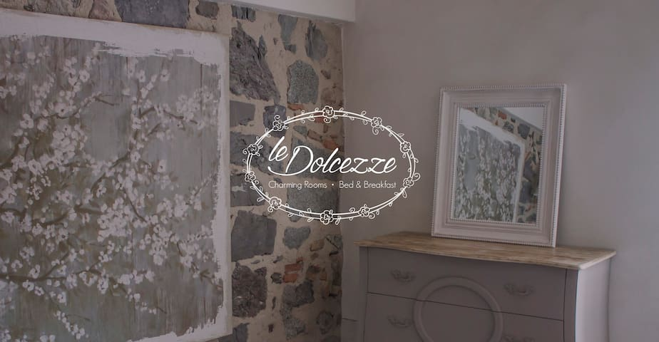 Charming room Le Dolcezze - Incanto - Idro - Bed & Breakfast