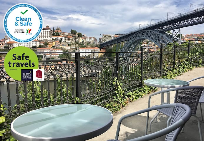 Balcony of Douro riverfronts