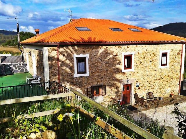 Stone house in delightful place - Cedeira - Casa