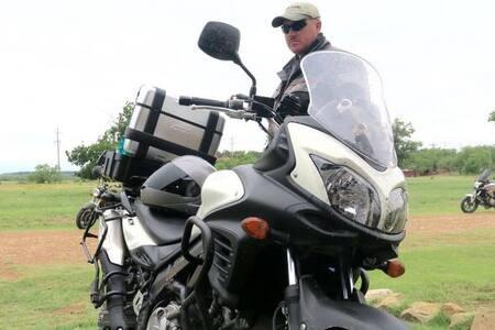 Texas Adventure Motorcycle Tours - Graham - キャビン