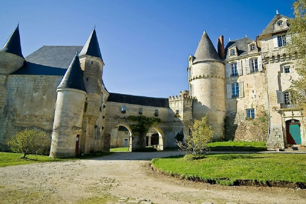 Chateau Bed And Breakfast Loire Valley France