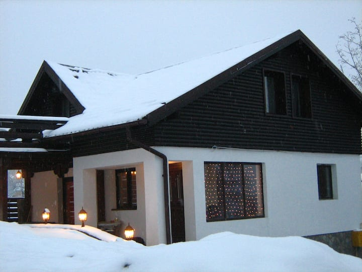 Challet Renatte, your home away from Bran, Brasov.