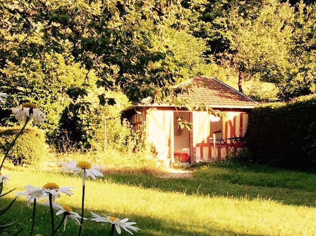 Cabane au fond du jardin - Villerville - Blockhütte