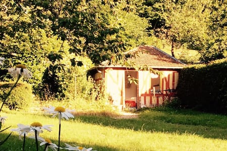 Cabane au fond du jardin - Villerville