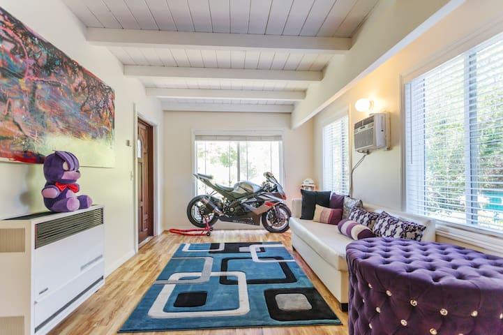 Beverlyhills luxury mountain home