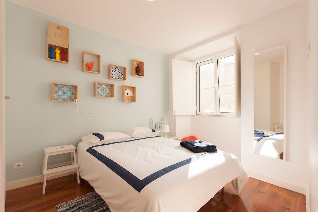 Bedroom (1) Double bed  140x200