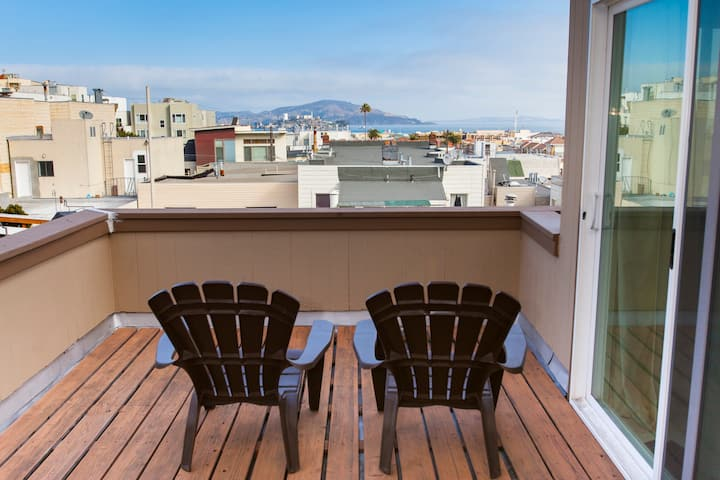 Penthouse Master Suite Panoramic View with Decks