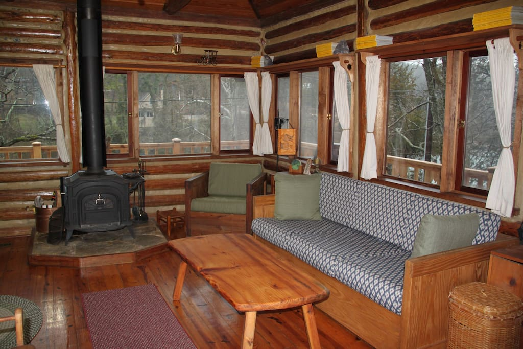 The Perch At Lake Lucerne Cabins For Rent In Eureka