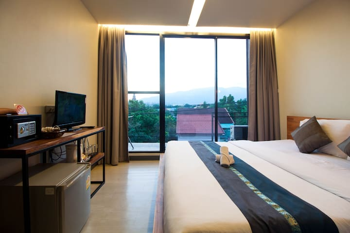 Center of Chiangmai, best location Deluxe Mountain