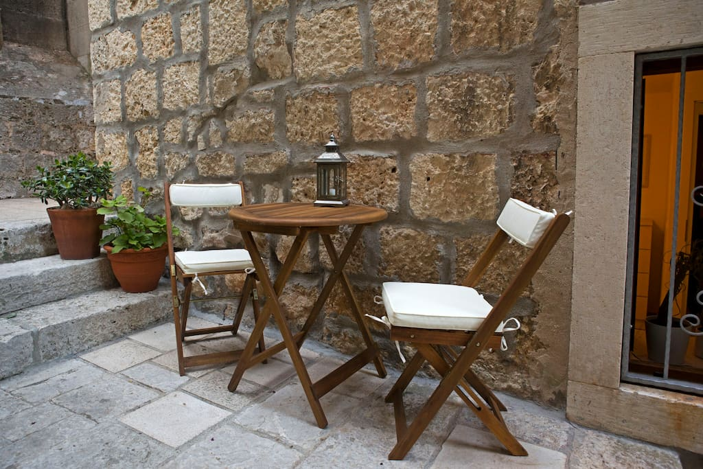 Outdoor- Patio table
