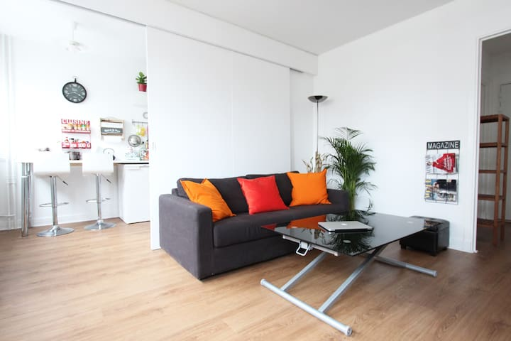 Comfort Apartment in residential area with PARKING