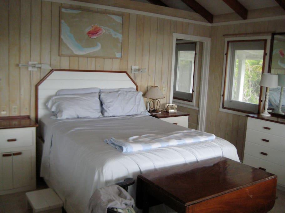 Large master bedroom, with incredible ocean views