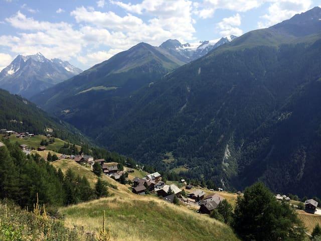 Cozy Alpine Chalet - Hérens Valais