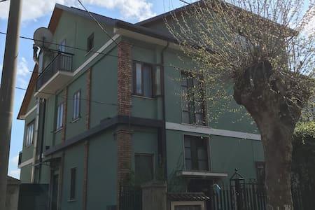 """Appartamento in villa """"Fiorino"""""""
