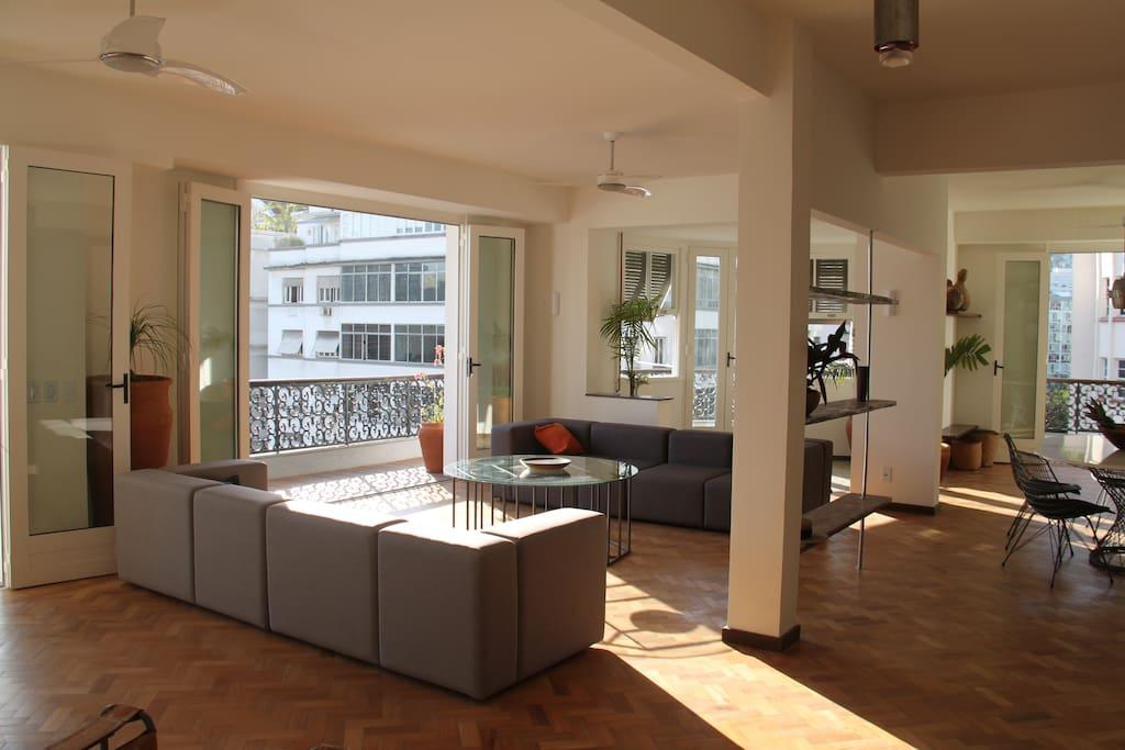 Stylish Apartment in Copacabana