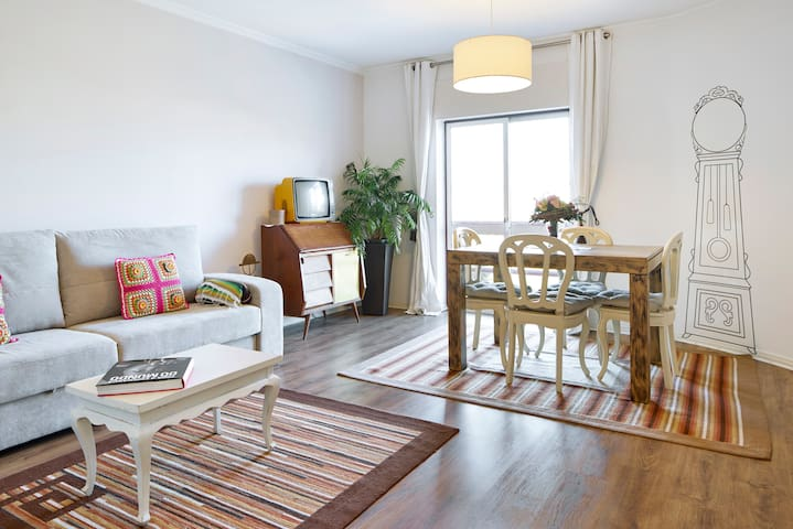 Lovely and Sunny Apartment in Coimbra - Coimbra - Apartemen