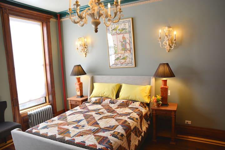 Terrace Master Suite @ Northern Lights Mansion