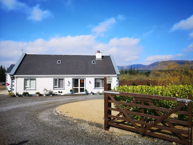 Tranquil B&B in Letterbarra,  Donegal Town