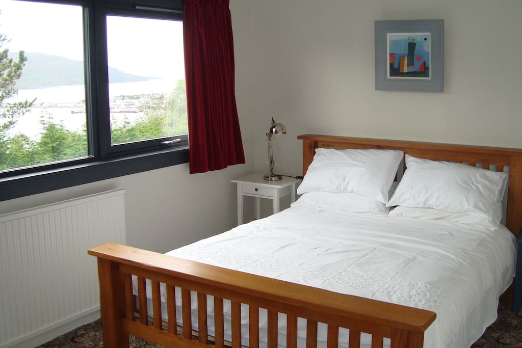 King size bed, views across Loch Broom, Ullapool and the Summer Isles