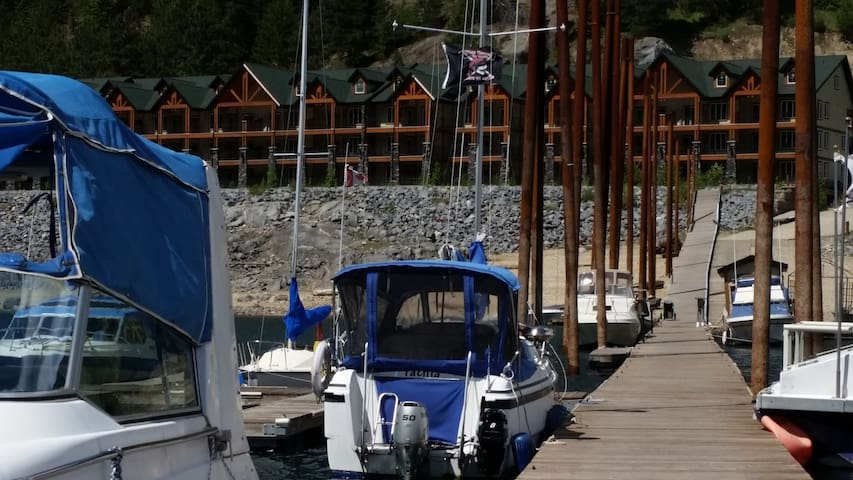 The Waterfront at Arrow Lakes - 103 - Castlegar - Apartament