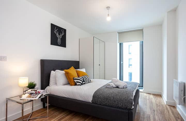 X1 Media City - 1 Bedroom Apartments