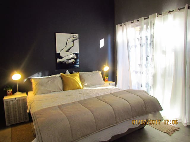 Ella's Self Catering - Nelspruit - Apartment