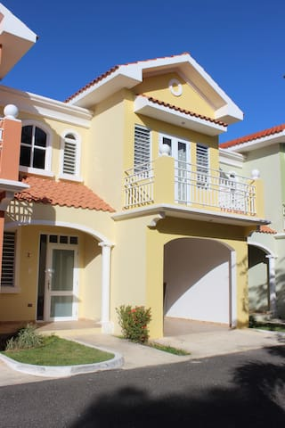Full Gated 3-Bedroom Home With Grill & Shared Pool