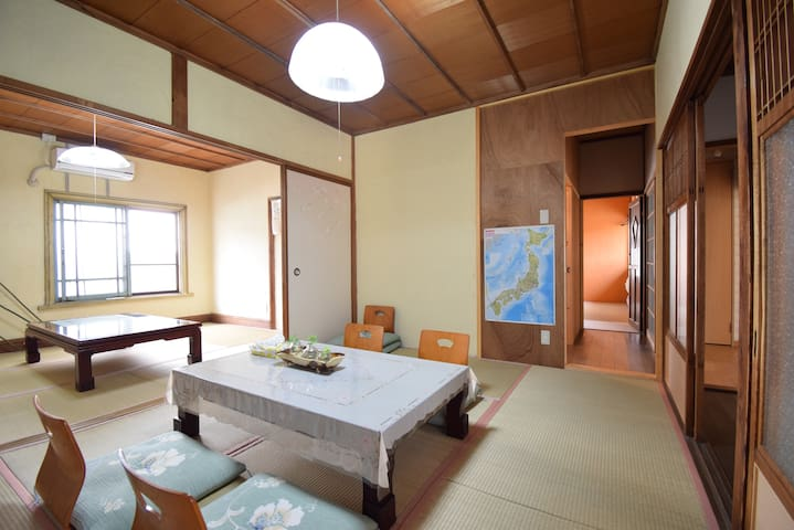 Tatami room for 2-3 people