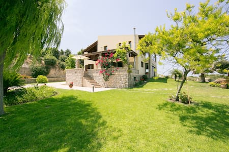 A great Villa for family & friends! - Kamiros, Rhodes