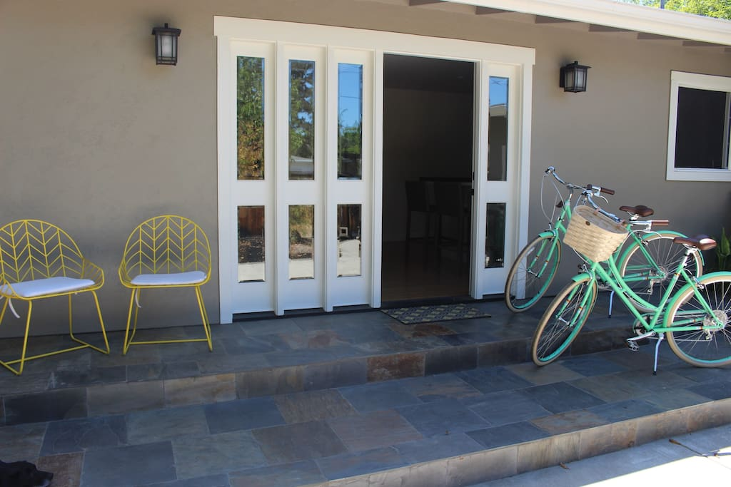 Front yard and our 2 brand new bikes for you to use for going to the farmer's market or around town!
